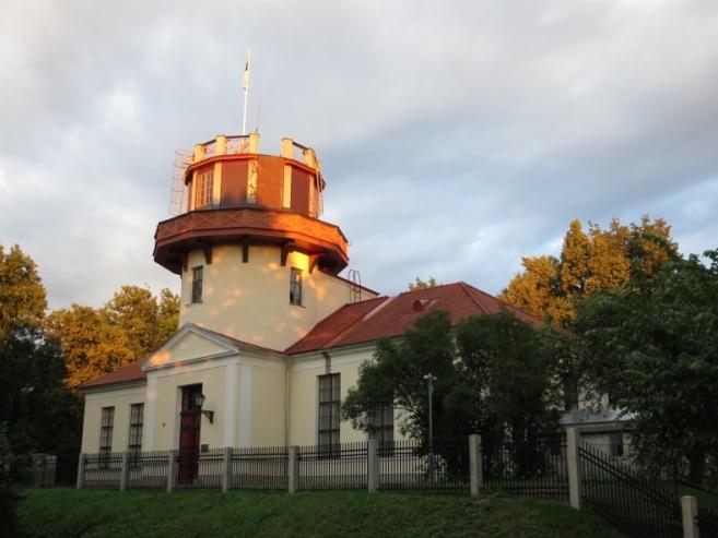 Ancien observatoire de Dorpat/Tartu (source : wikimedia commons)
